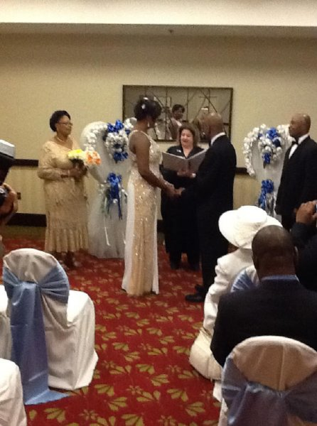 Doubletree Guest Suites wedding during 2014 Valentines Day storm